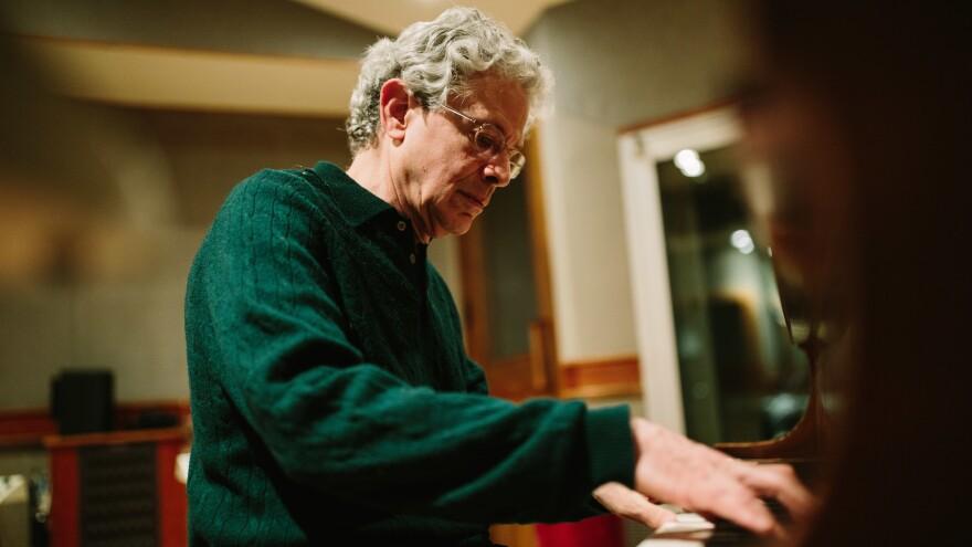 Pianist Billy Lester.