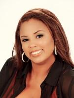 Nikki Ramirez Photo