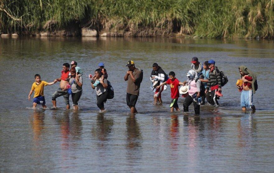 honduranmigrants.jpeg