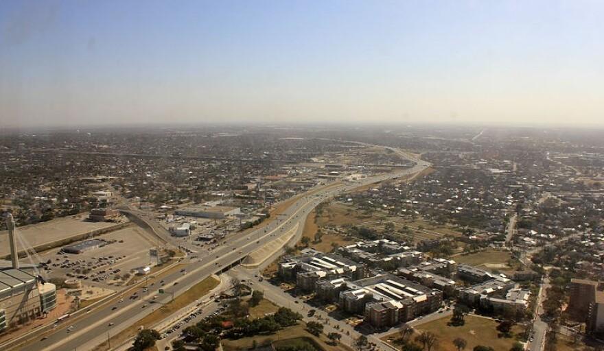 800px-gfp-texas-san-antonio-roads-to-the-horizon__2_.jpg