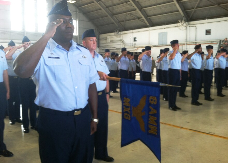 macdill_salute_during_change_of_command.jpg