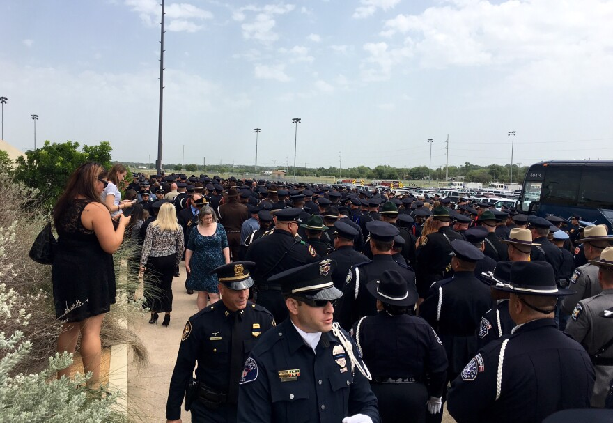 officers_at_funeral.jpg