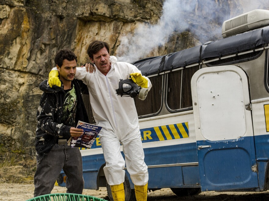 Walter and José cook meth inside an old school bus instead of in an RV, which their counterparts used in <em>Breaking Bad</em>.