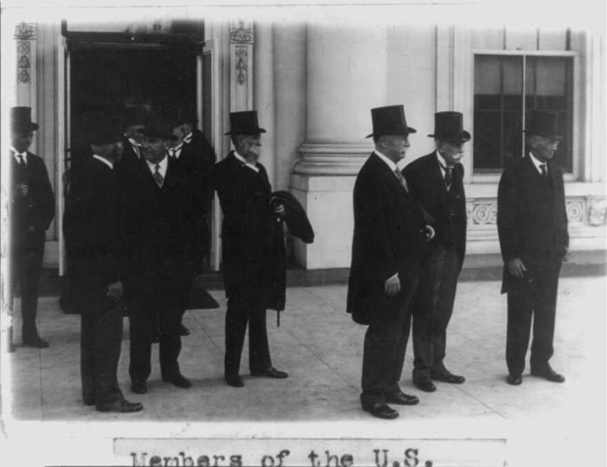 supreme_court_1928.jpg