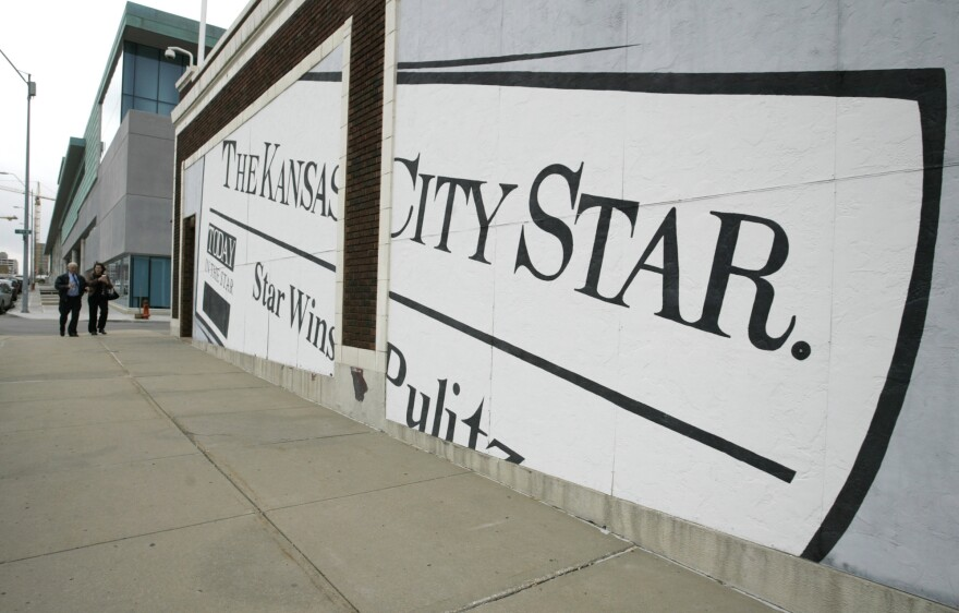 A mural on the wall of <em>The Kansas City Star</em>'s circulation building in 2006, in Kansas City, Mo.