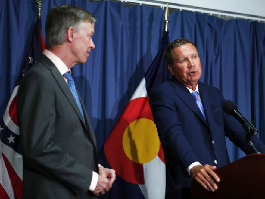 Colorado Gov. John Hickenlooper (left) and Ohio Gov. John Kasich will present a plan that fleshes out a set of principles they wrote about in an op-ed in <em>The Washington Post</em>.