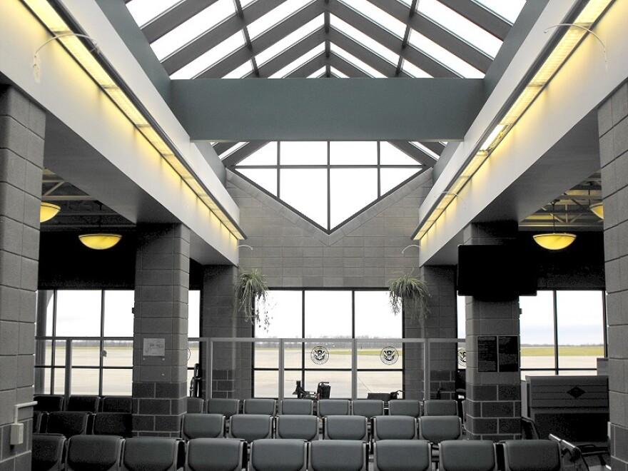 Main Concourse, Youngstown-Warren Regional Airport