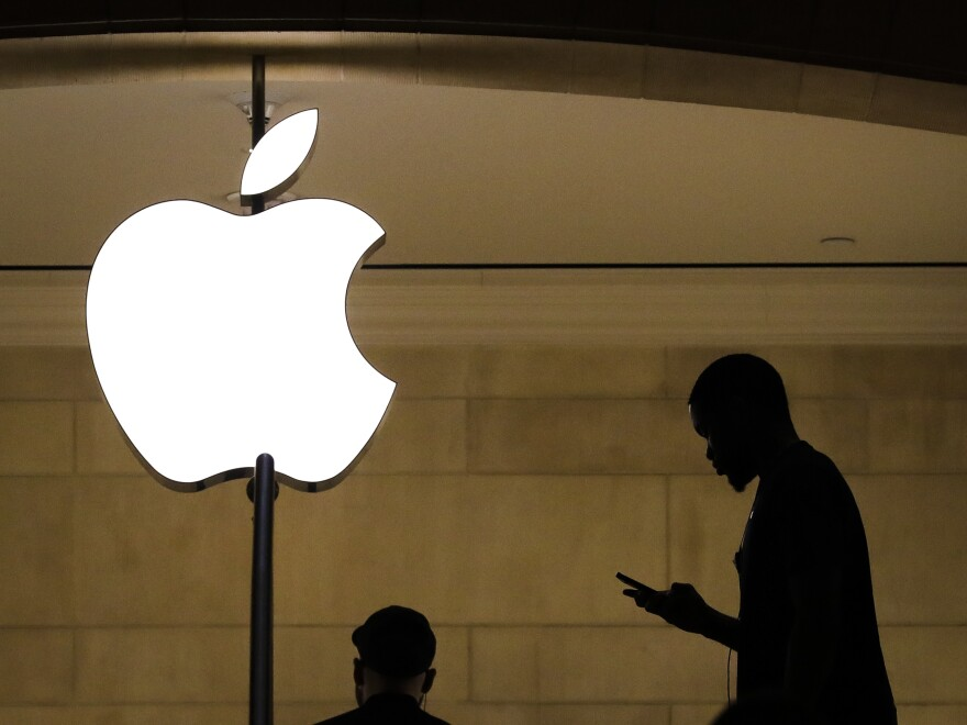 Apple and Goldman Sachs are preparing to jointly launch a credit card, according to a report in <em>The Wall Street Journal</em>.