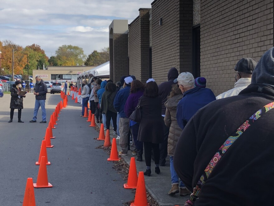Photo of line for early voting at Summit County Board of Elections.