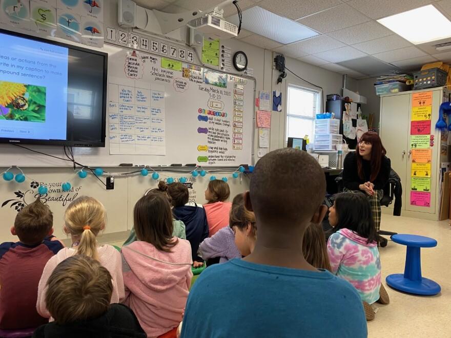 huntersville_elementary_reading.jpg
