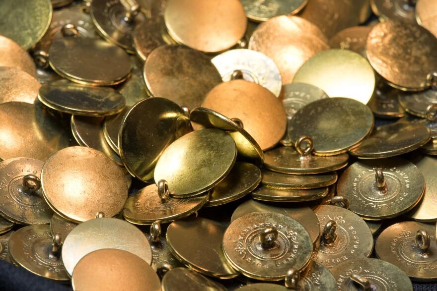 Buttons_2_0.jpg