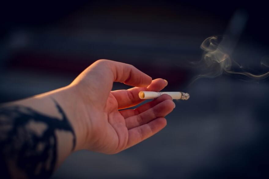 smoker-irinairiser-unsplash.jpg