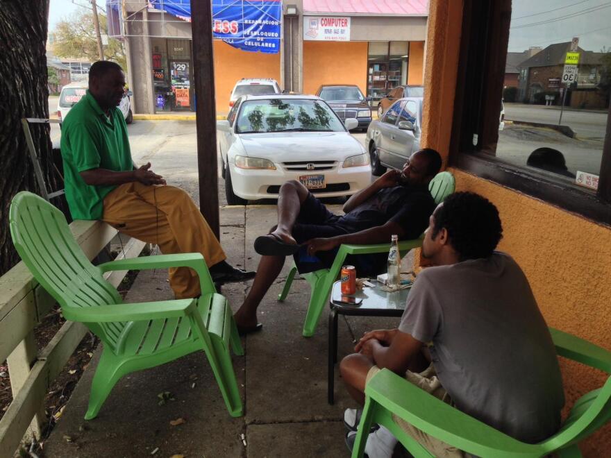 Arif_Cafe_3_men_outside.JPG