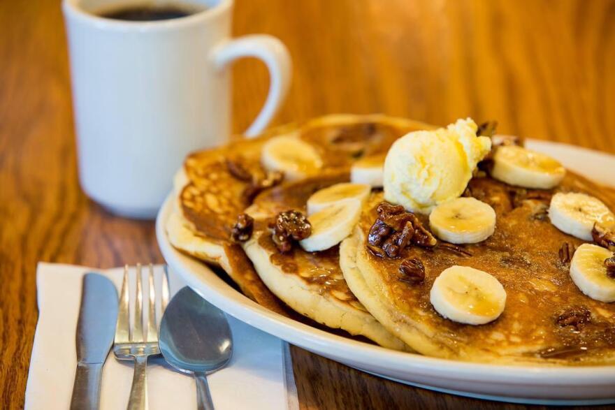 111018_cy_pancakes_at_the_corner_cafe.jpg