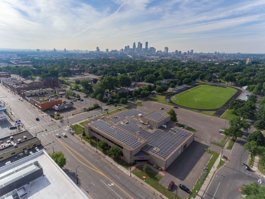 In 2017, Innovative Power Systems installed a 204 kW community solar garden on top of Shiloh Temple, a majority African American church in North Minneapolis. The array provides affordable, green energy to the church, a mosque and 29 households.