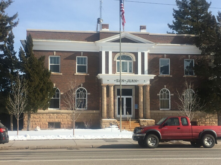 Photo of the San Juan County administrative building.