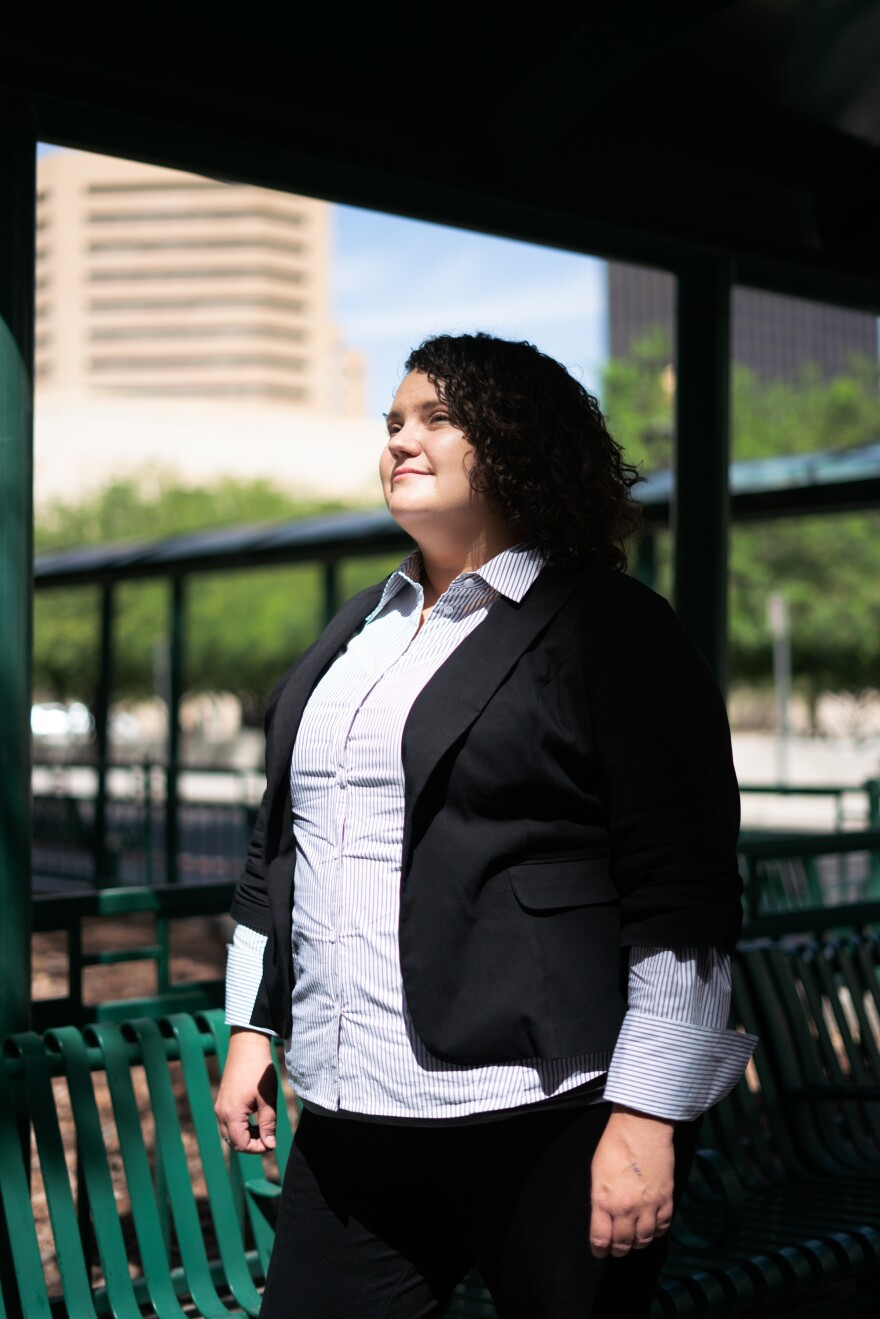 """Taylor Levy, a lawyer based in El Paso, was at the court on Wednesday offering free legal assistance to asylum-seekers. In late June, Justice Department officials in Washington, D.C., ordered an end to the """"know your rights"""" presentations she and other attorneys would give to migrants before entering court."""