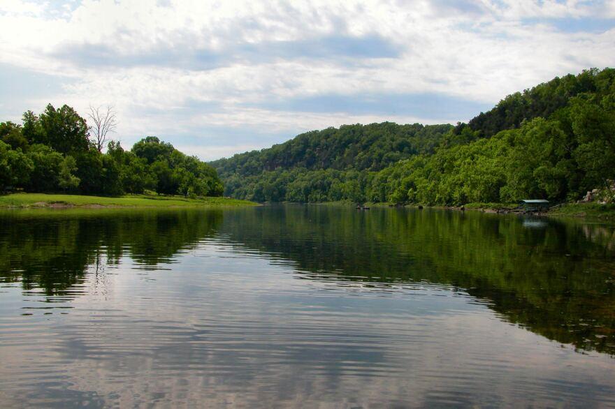 White_River_Arkansas-1.jpg