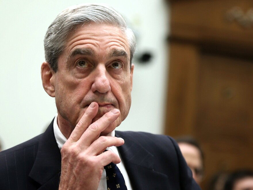 Justice Department special counsel Robert Mueller may be running out of space to maneuver — or he may not. But the White House is calibrating its strategy as though a clock is ticking.