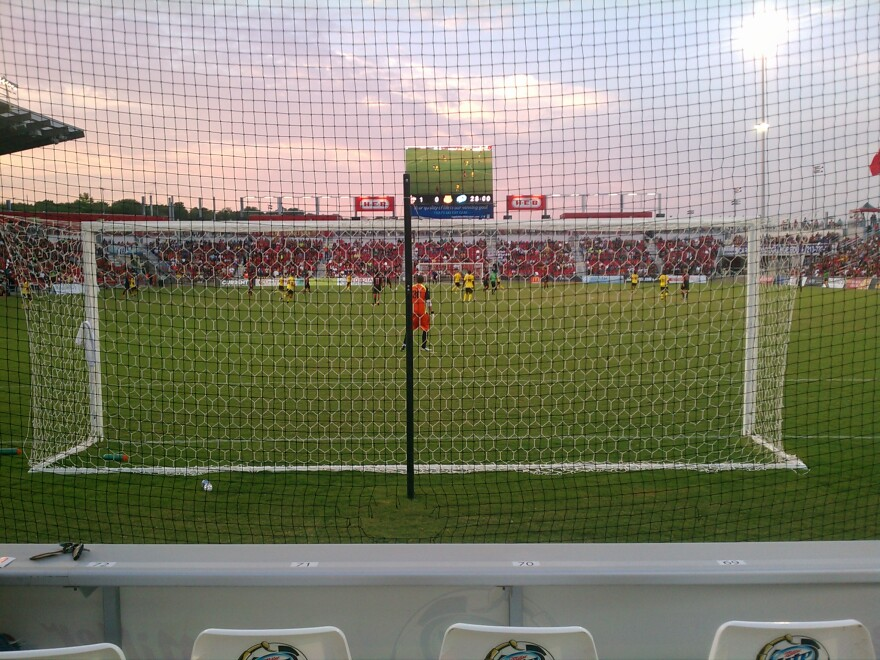 Behind_the_goal_at_toyota_field_scorpions_soccer.jpg