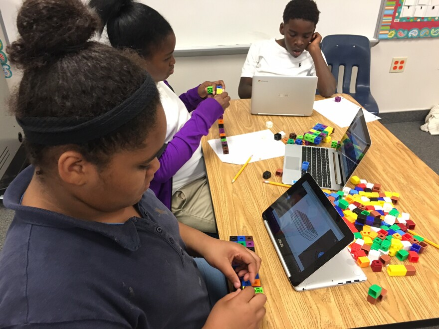 students_with_legos.jpg