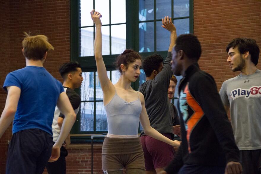 021418_lh_new_moves_oliveira_choreography_kansas_city_ballet_elizabeth_stehling.jpg
