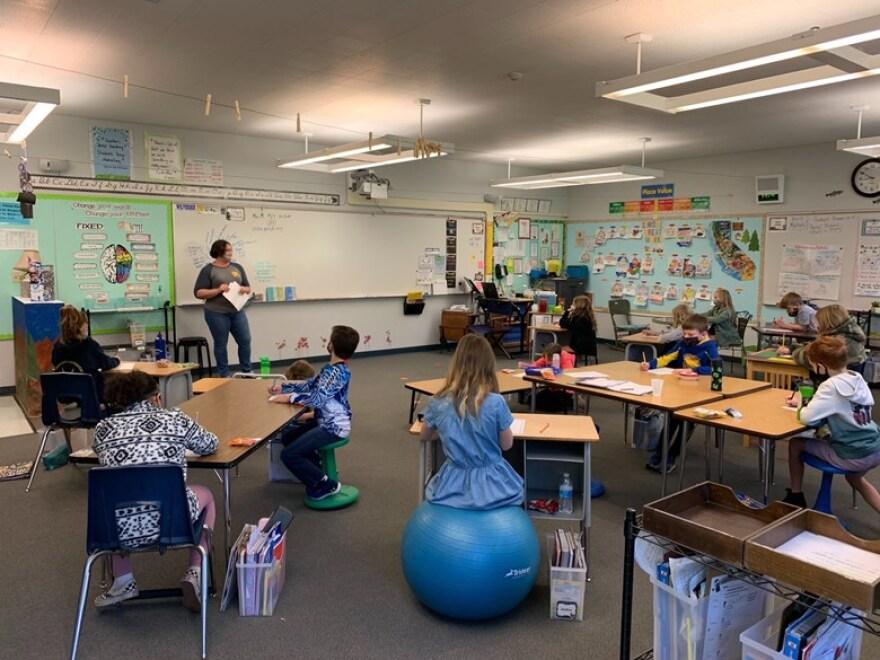 Classroom in CA.jfif