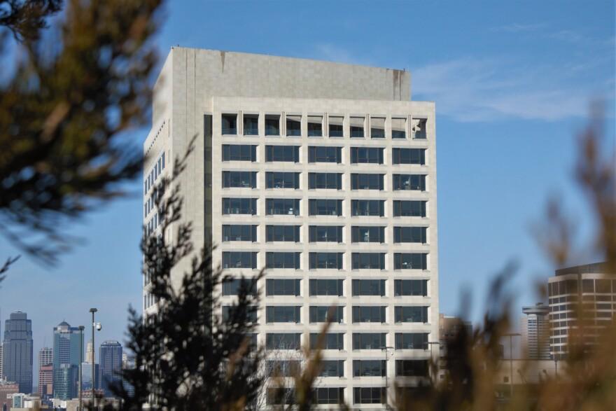 Kansas.City_.Federal.Reserve.Bank_02152020_Luke.X.Martin.jpg