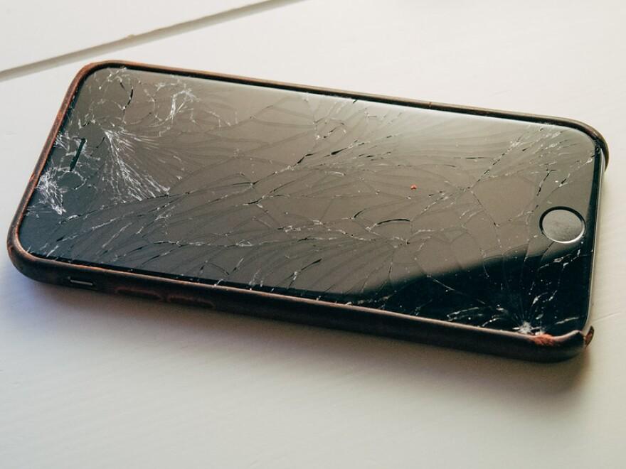 broken iphone.jpg