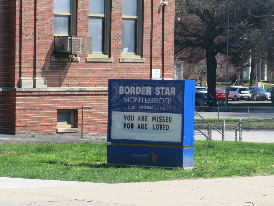 Sign At Border Star.JPG