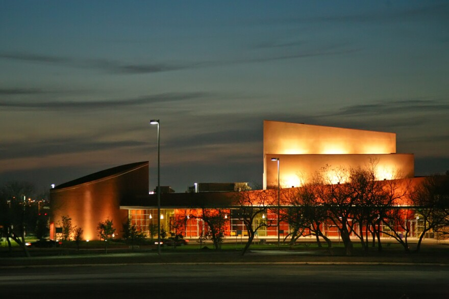 palo-alto-college-performing-arts-center-121228.jpeg