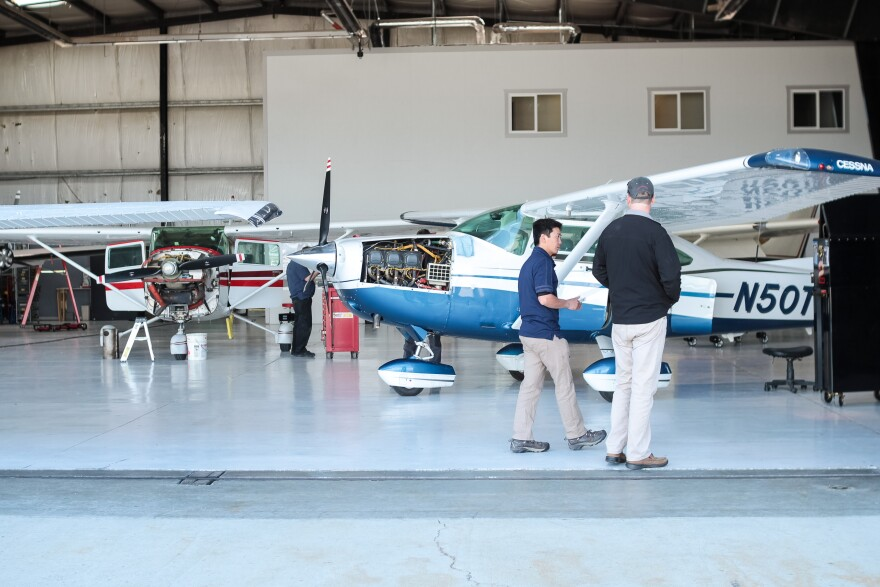 South_Valley_Airport-001.jpg