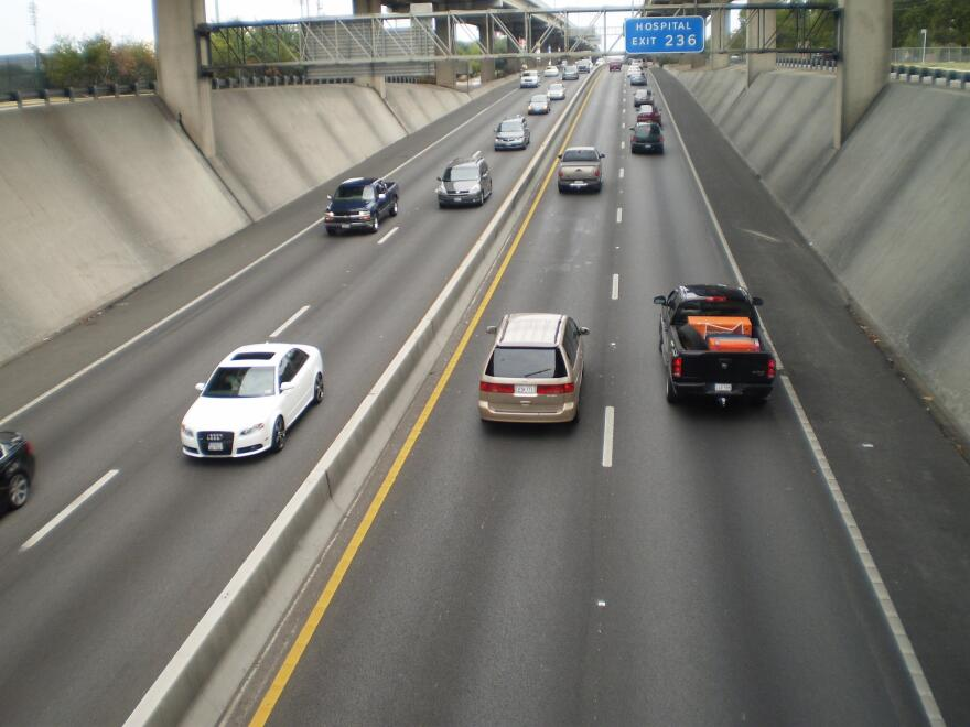 I-35_Traffic_.jpg