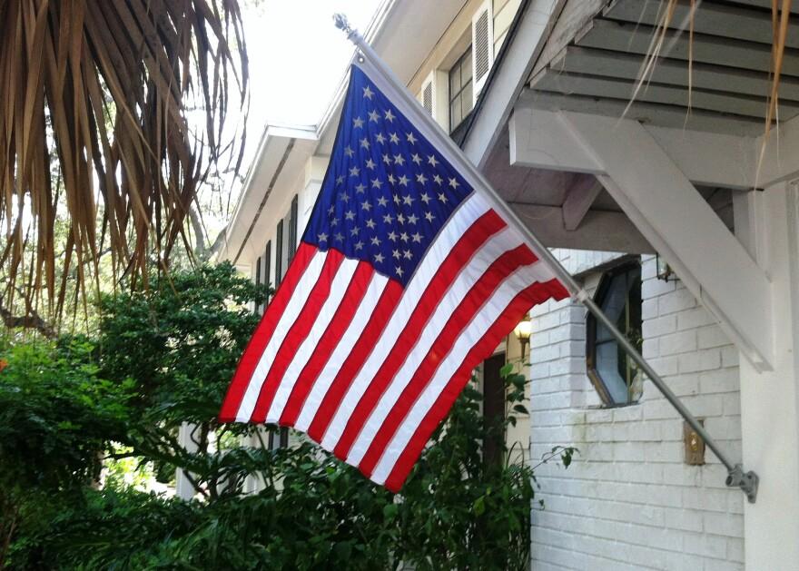 flag_home.jpg