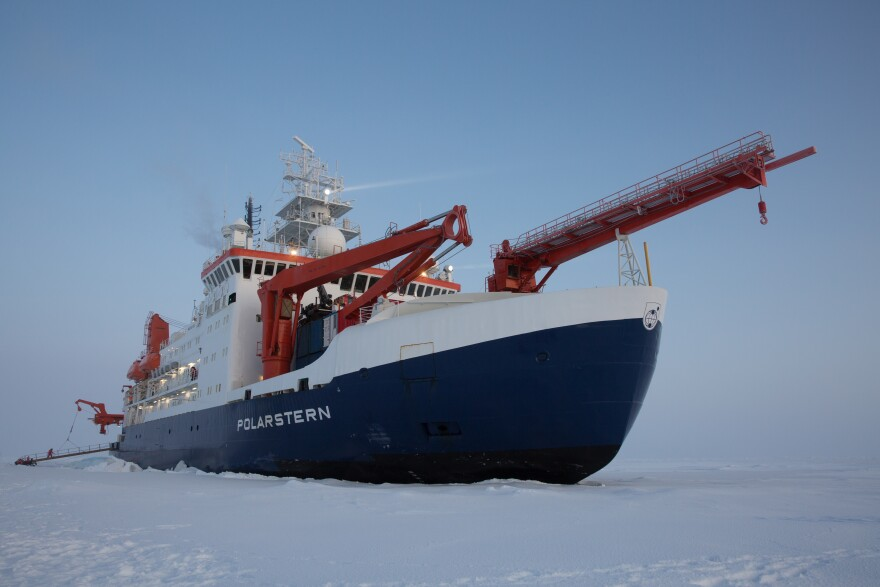 Polarstern arrived at MOSAiC ice floe, October 5, 2019.