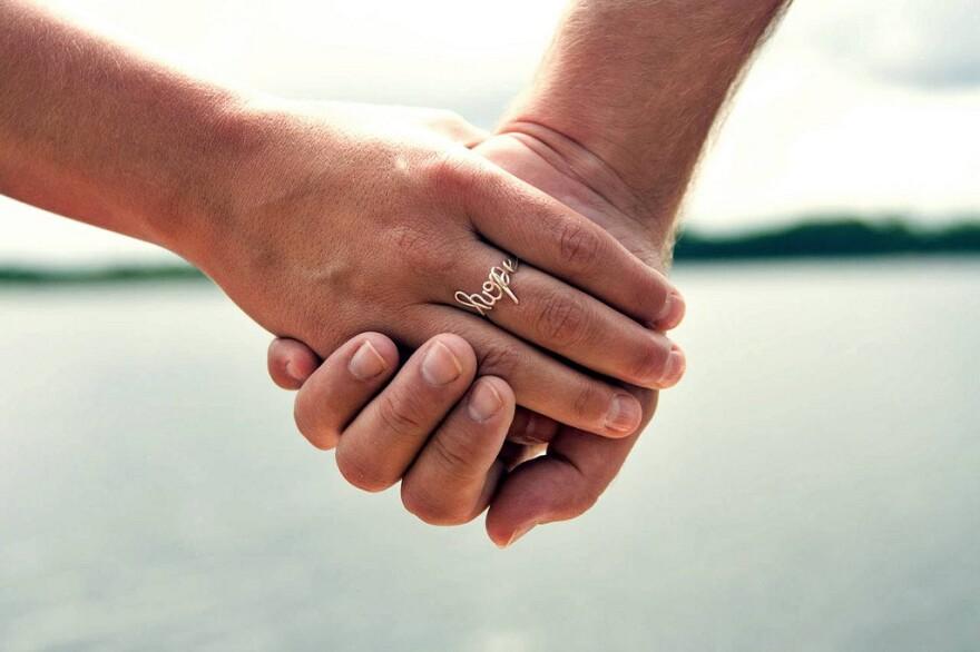 holding_hands__2_.jpg
