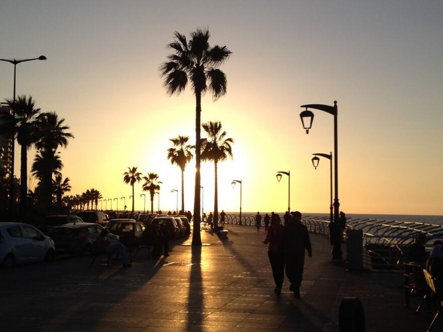 Corniche_Evening_Looking_West.jpg