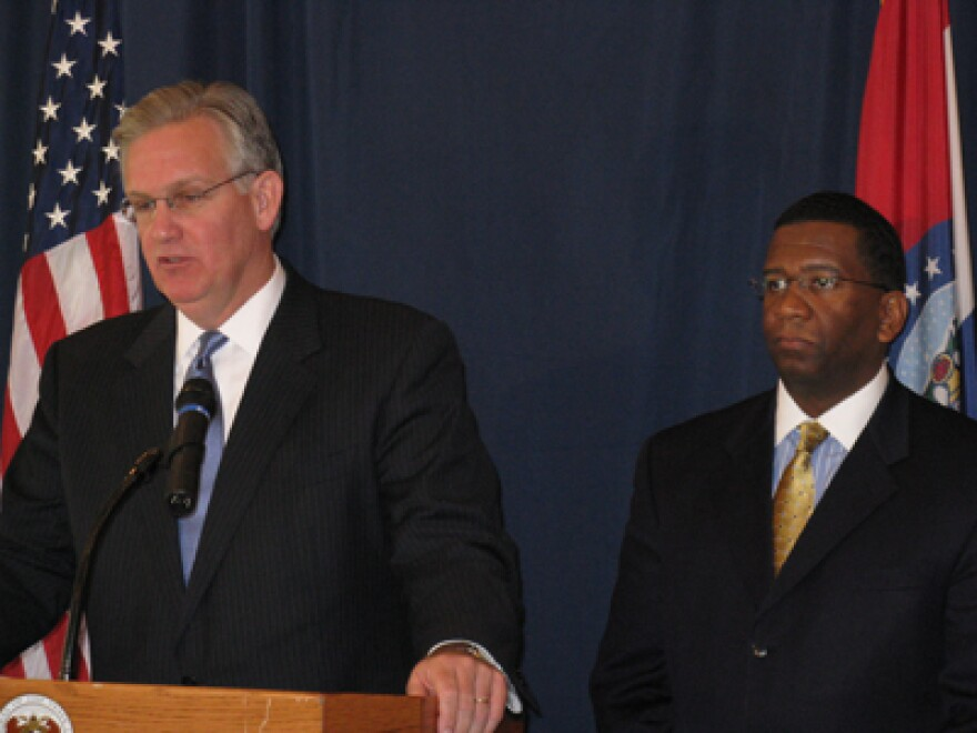 This file photo from 2008 shows Kelvin Simmons being announced as the state's new Office of Administration director. Simmons, a former Public Service Commissioner and Kansas City city councilman, has been touted a statewide possibility for years.