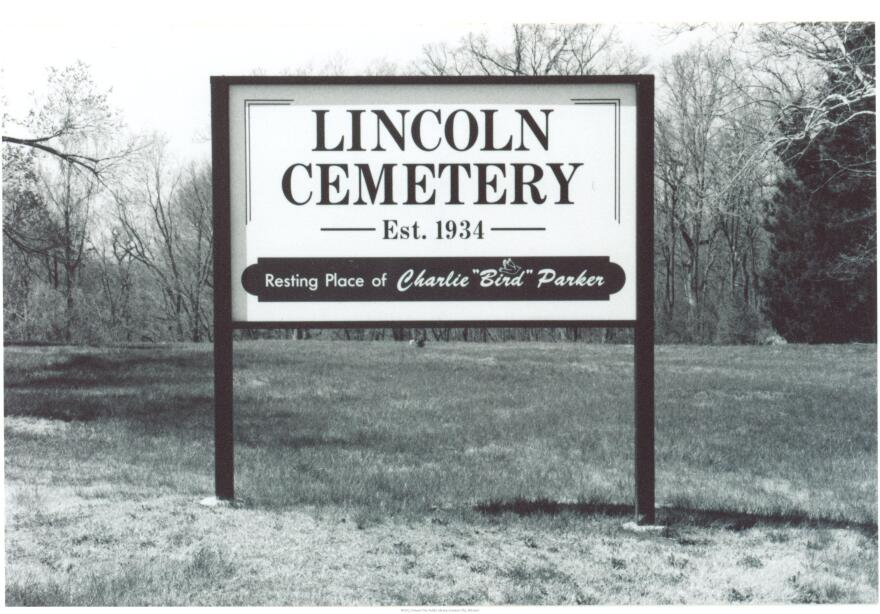 LincolnCementary_0.jpg