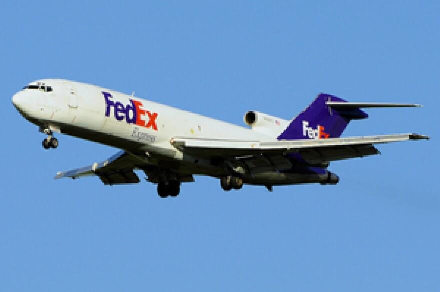 fedex plane.jpg
