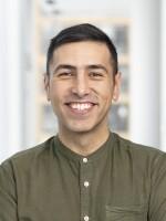 Ramtin Arablouei, co-host and co-producer of Throughline.