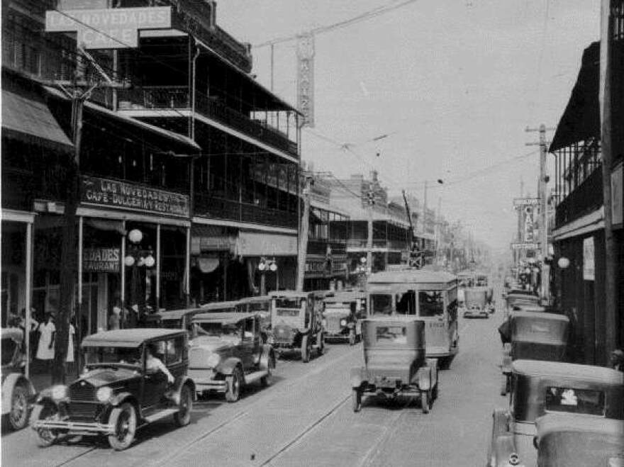 tampa_s_ybor_city_1926_state_archives_of_florida.jpg