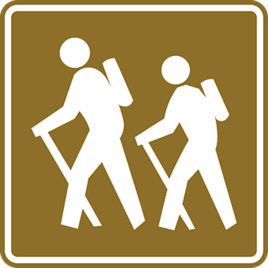 hiking-43879__340.png