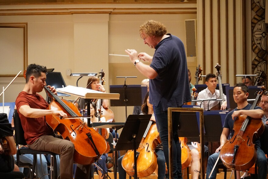Stéphane Denève leading a rehearsal for this weekend's season-opening concerts at Powell Hall.  [9/20/19]