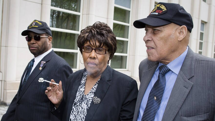 Former New York state Sen. Shirley Huntley arrives at Brooklyn federal court for sentencing.