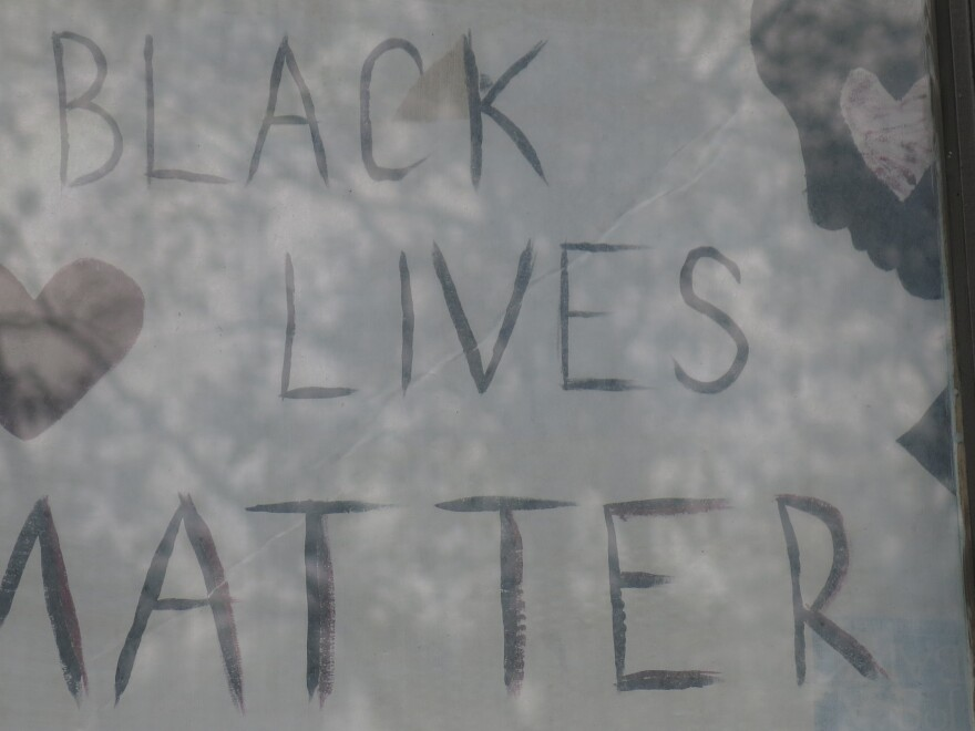081120_GK_Black Lives Matter Signs_Gillham 2