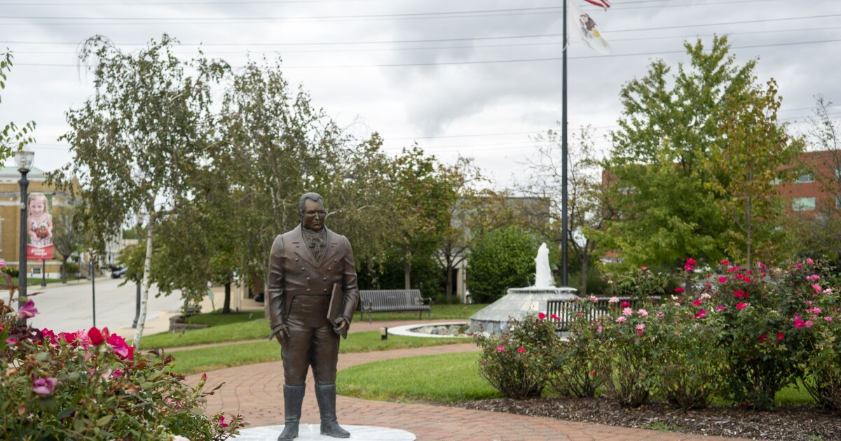 Most controversial St. Louis-area statues and street names remain despite 2020 protests