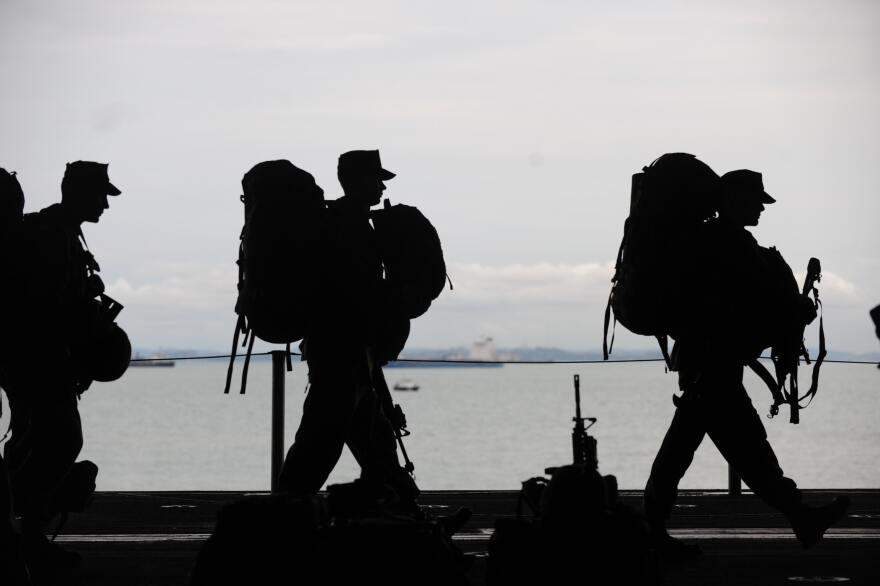 army-men-military-40820.jpg