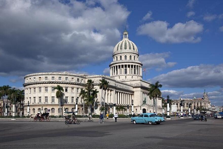 Capitol-Havana-Cuba.jpg