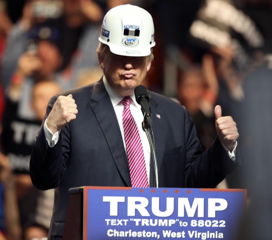 trump_digs_coal.jpg